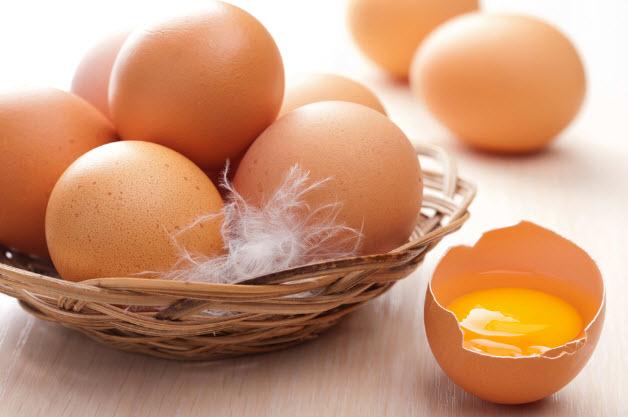 Польза и вред куриных яиц
