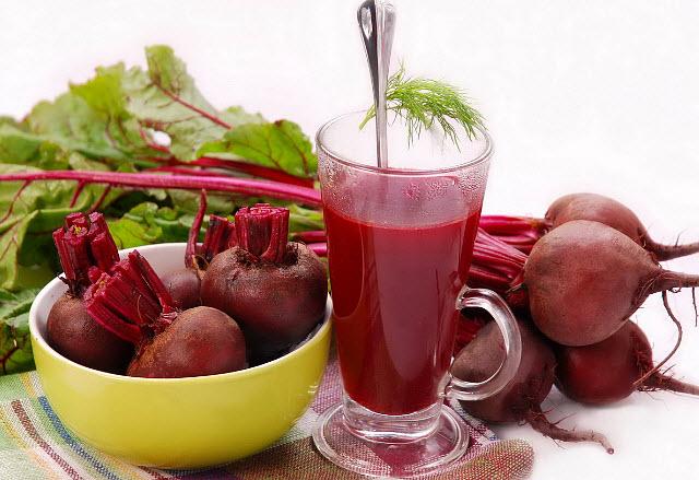 Польза и полезные свойства свекольного сока